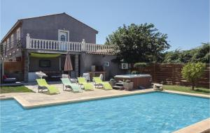 Three Bedroom Holiday Home in Beziers I 2