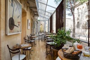Hôtel de l'Horloge, Hotels  Avignon - big - 29