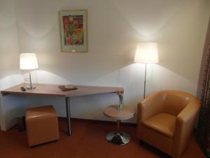 Hotel am Springhorstsee, Hotel  Grossburgwedel - big - 9