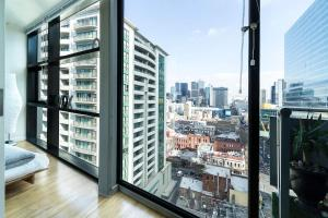 obrázek - Melbourne CBD Fully Furnished 2 Bedroom Apartment with Balcony