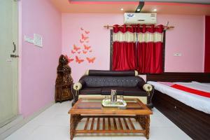 OYO 28258 Hotel Rajeswari, Hotely  Rupnārāyanpur - big - 63