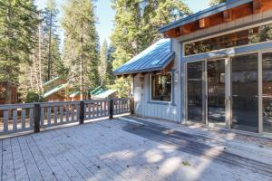 Accommodation in Donner Woods