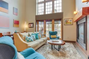 Amazing Luxury Downtown Old Mill Home