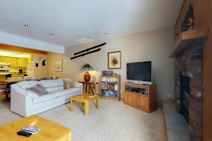 Snowdance Condominiums B102 - Apartment - Keystone