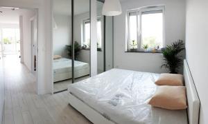 SkyBlue Apartments