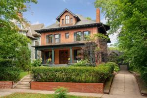 Historic District BnB - Accommodation - Saint Paul
