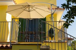 B&B Massico Apartments, B&B (nocľahy s raňajkami)  Sant'Agnello - big - 48