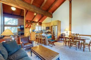 Accommodation in Ponderosa Fairway Estates