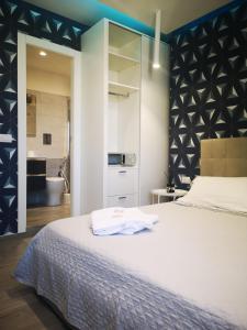 2B Fifteen Floor Suite Napoli - AbcAlberghi.com