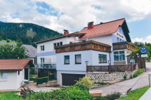 Stuhleck Pension s'Platzl - Accommodation - Spital am Semmering
