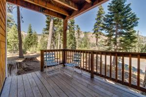 Scott Peak Slopeside Condo - Hotel - Alpine Meadows