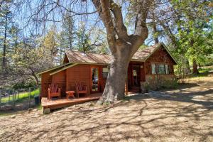 Big Oak Retreat