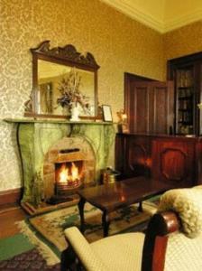 Ballinalacken Castle Country House Hotel, Отели  Дулин - big - 12