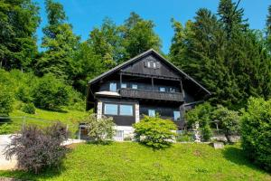 obrázek - Gorgeous Chalet with amazing lake view
