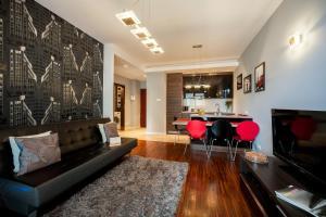 Platinum Towers E-Apartments, Варшава