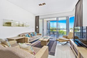 Luxury Apartments @ Corporate Boardies