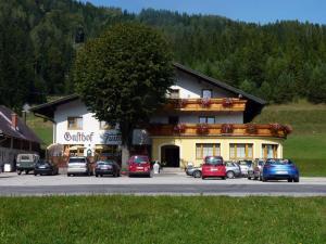 Gasthaus und Schilifte Furtner - Hotel - Rohr im Gebirge