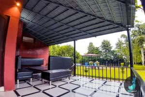 THE PEPFARM-Farmhouse with pool for parties, Holiday homes  Gurgaon - big - 14