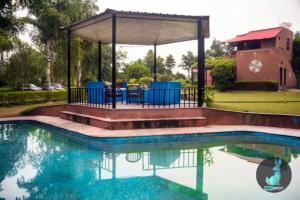 THE PEPFARM-Farmhouse with pool for parties, Holiday homes  Gurgaon - big - 10