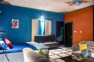 THE PEPFARM-Farmhouse with pool for parties, Case vacanze  Gurgaon - big - 6