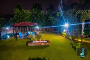 THE PEPFARM-Farmhouse with pool for parties, Holiday homes  Gurgaon - big - 9