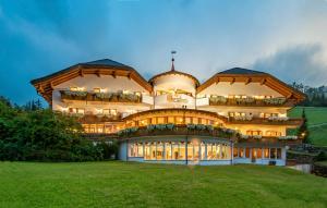 Hotel Christoph - Valdaora