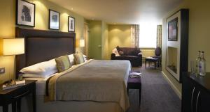 hotelImage