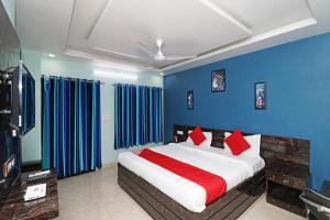 . OYO 26803 Hotel City Inn