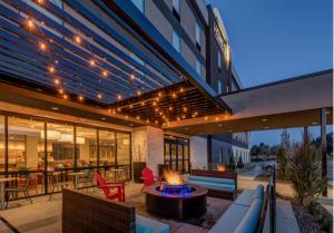 Home2 Suites By Hilton Reno - Hotel