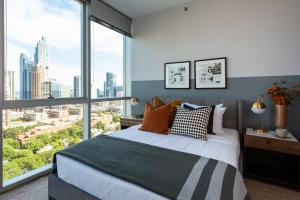 Domio I South Loop I Amazing 2 BR/2BA Apt + Pool and Fitness Center