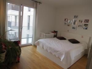 obrázek - 3-BRs Appartment in the center of Berlin! BEST For kids and families. 2min U-bahn