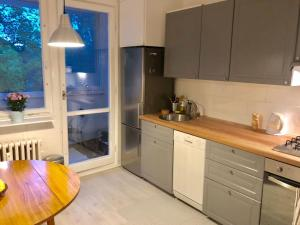 obrázek - Spacious 3 room flat just 2 stops from the centre