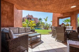 Bahia de los Menceyes, Palm-mar - Tenerife