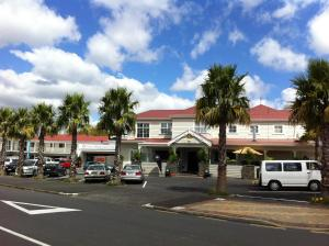 Accommodation in Tuakau