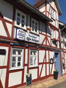 Alte Schule Niederdünzebach