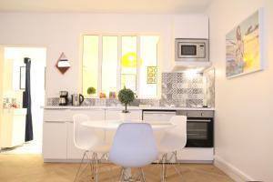 Colmar City Center - Modern Studio COCOON - BookingAlsace