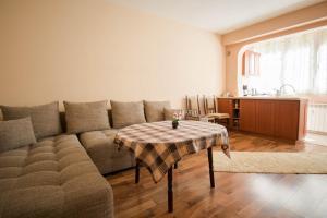 Tonis Apartment