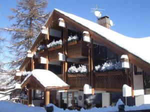 Accommodation in Vars