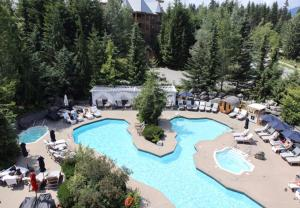 Four Seasons Resort Whistler - Accommodation - Whistler Blackcomb
