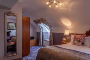 Clontarf Castle Hotel (5 of 37)