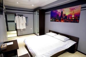 Hotel City - Gayter