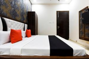 Capital O 60496 Hotel Avera, Hotel  Amritsar - big - 20