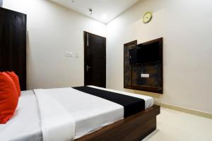 Capital O 60496 Hotel Avera, Hotel  Amritsar - big - 16