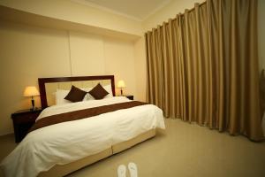President Suites Apartments