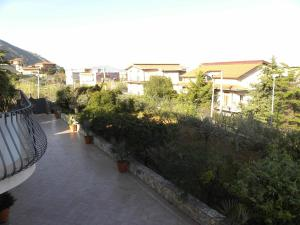 B&B Al Giardino, Bed & Breakfasts  Monreale - big - 32