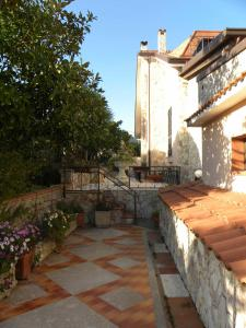 B&B Al Giardino, Bed & Breakfasts  Monreale - big - 38