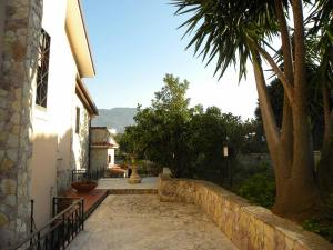 B&B Al Giardino, Bed & Breakfasts  Monreale - big - 36