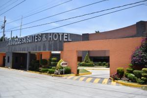 Hotel & Suites La Marquesa