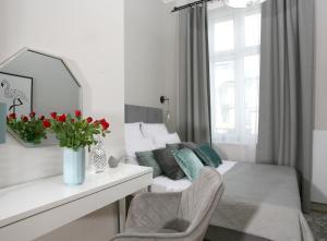 Gem Apartment by Castle Old Town Krakow