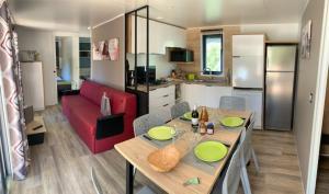 Location gîte, chambres d'hotes Camping Le Mas des Sédariès dans le département Lozère 48